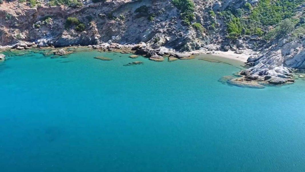 σούρζα μπουτ άγνωστη παραλία Εύβοια