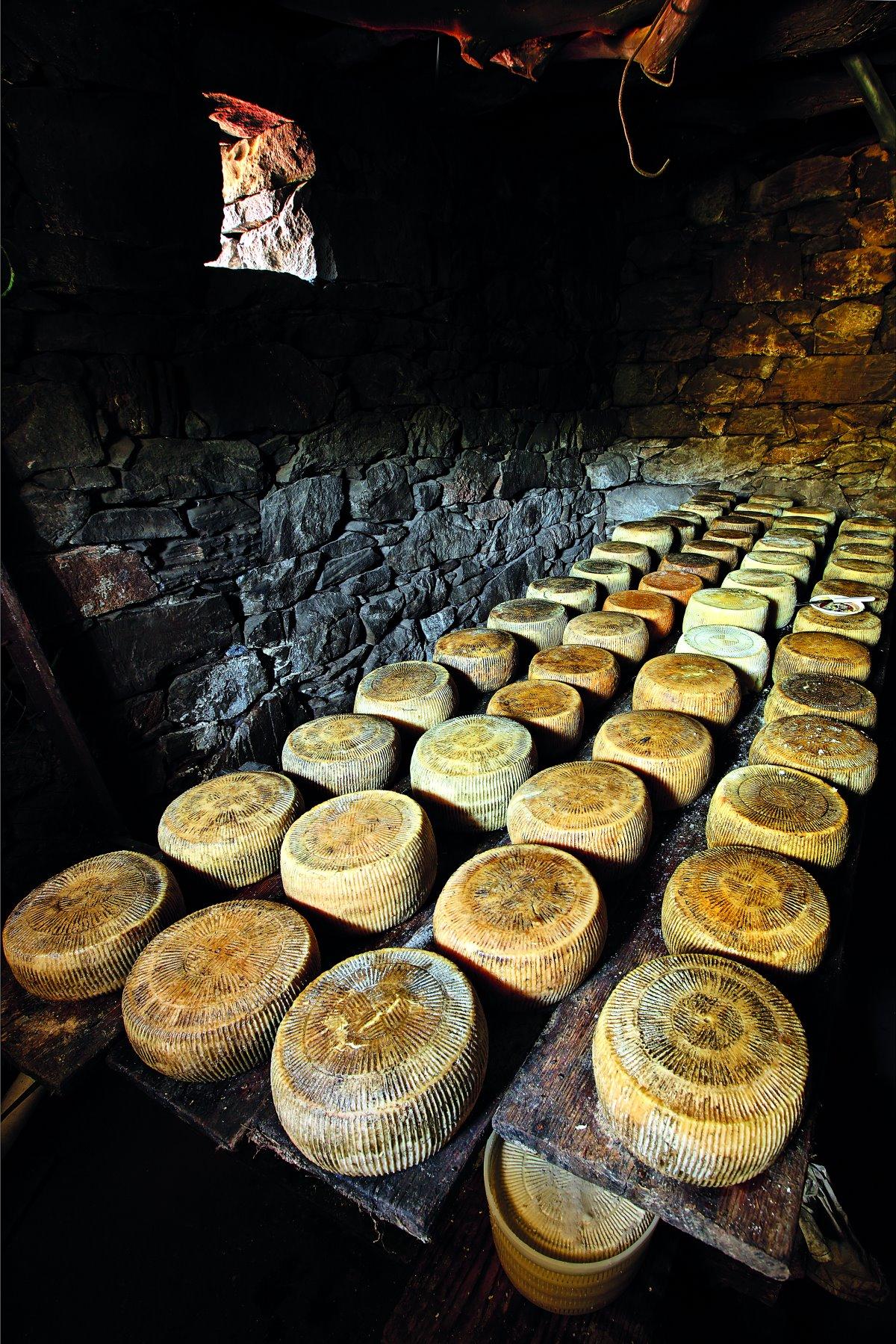 Τοπικά τυριά Νάξου