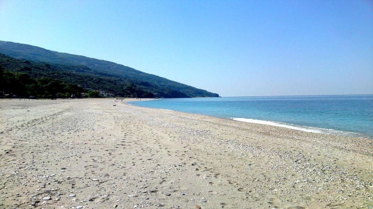 Ζαγορά παραλία