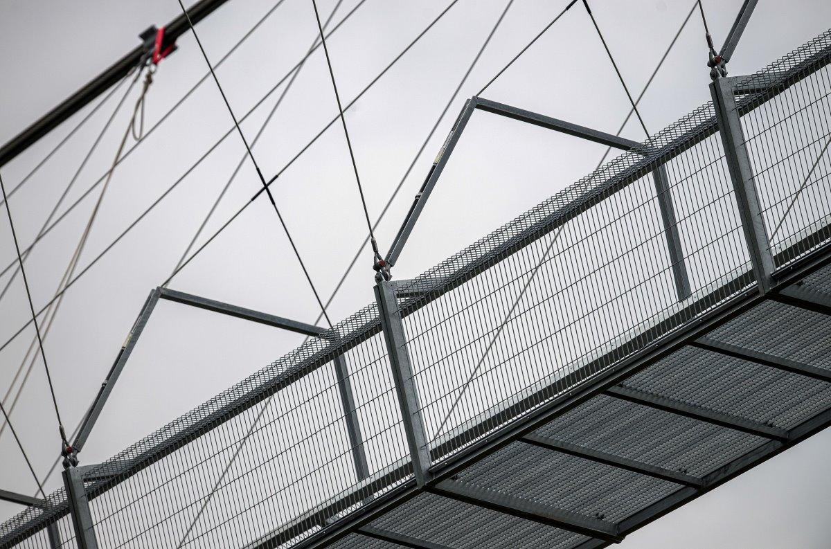 516 Arouca Bridge Πόρτο κοντινό μεταλλικά σχοινιά