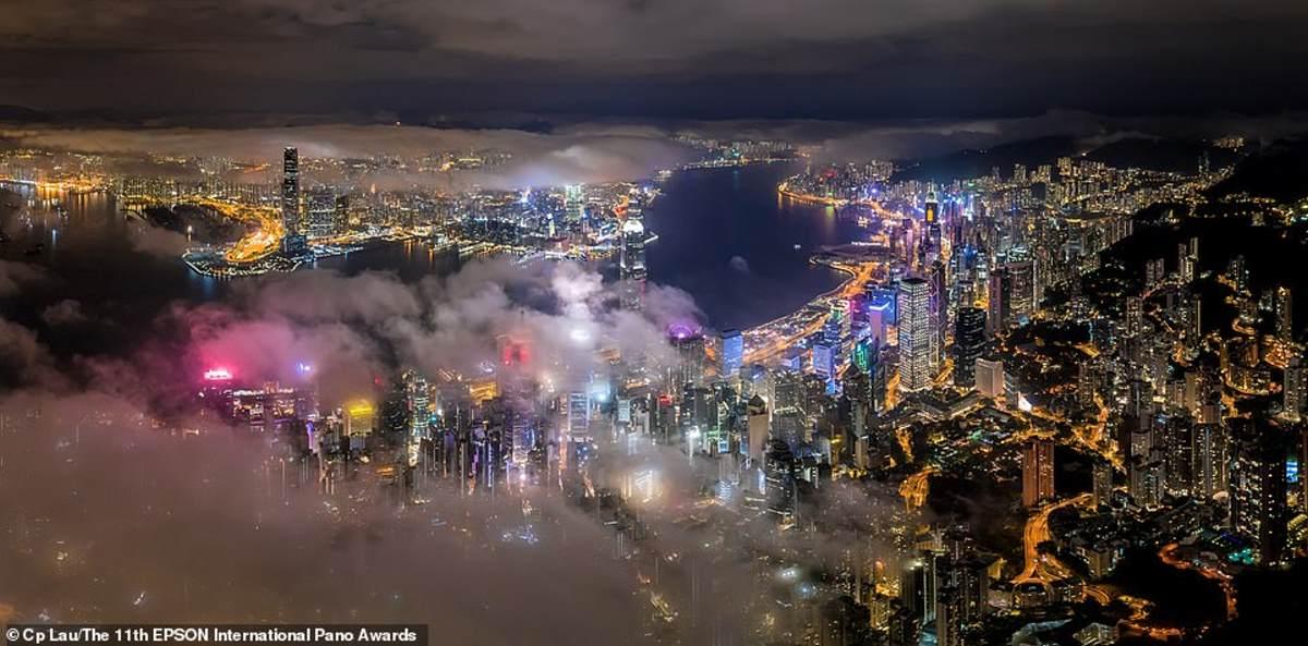 Το Χονγκ Κονγκ τόσο γοητευτικό όσο ποτέ σε αυτήν την εικόνα του ντόπιου φωτογράφου Cp Lau