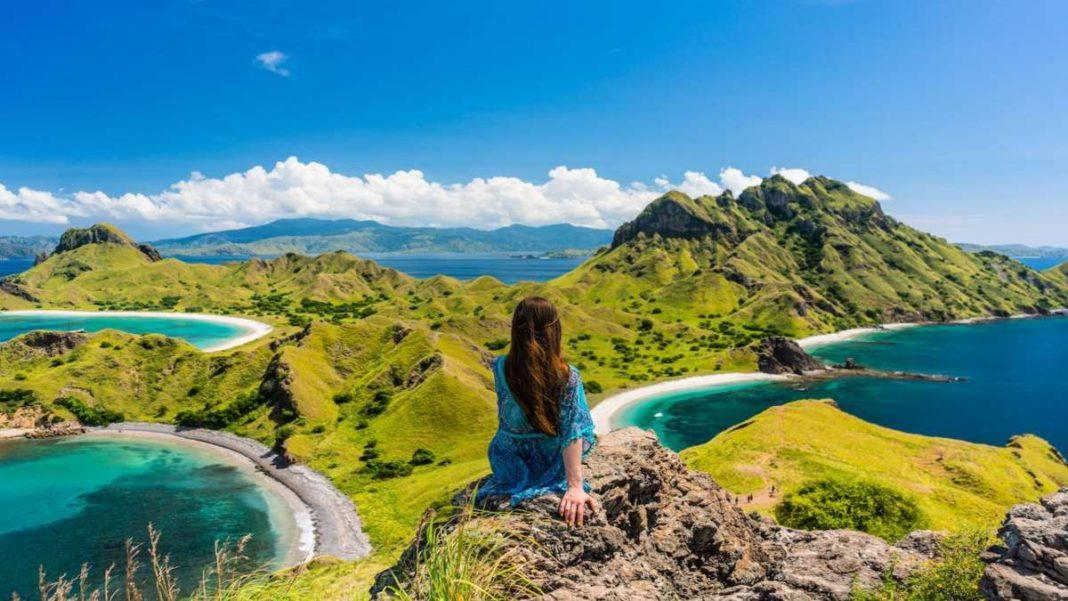 Ινδονησία κορίτσι τοπίο