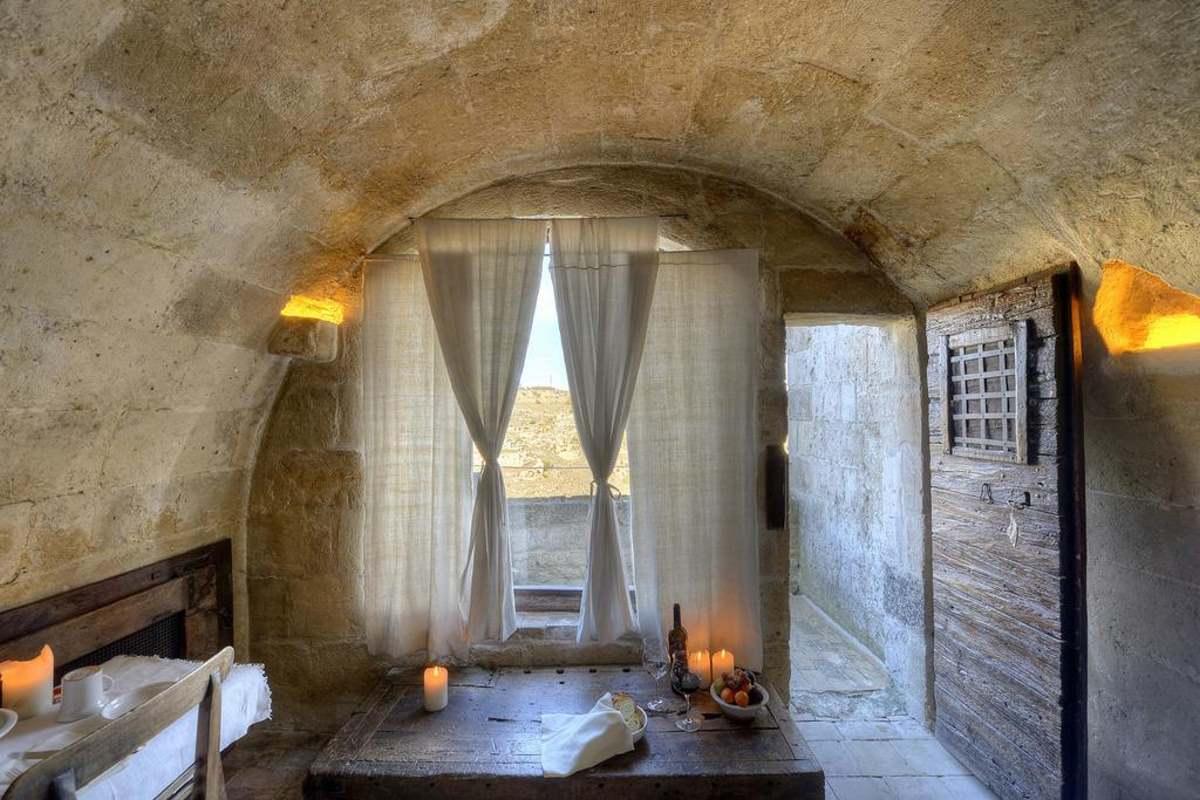 Ματέρα, Le Grotte Della Civita