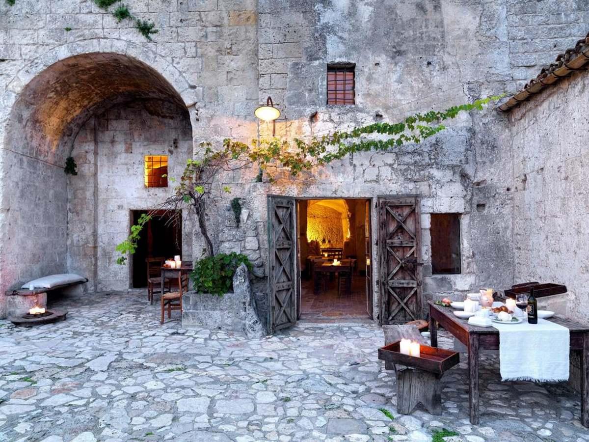 Le Grotte Della Civita, Ματέρα