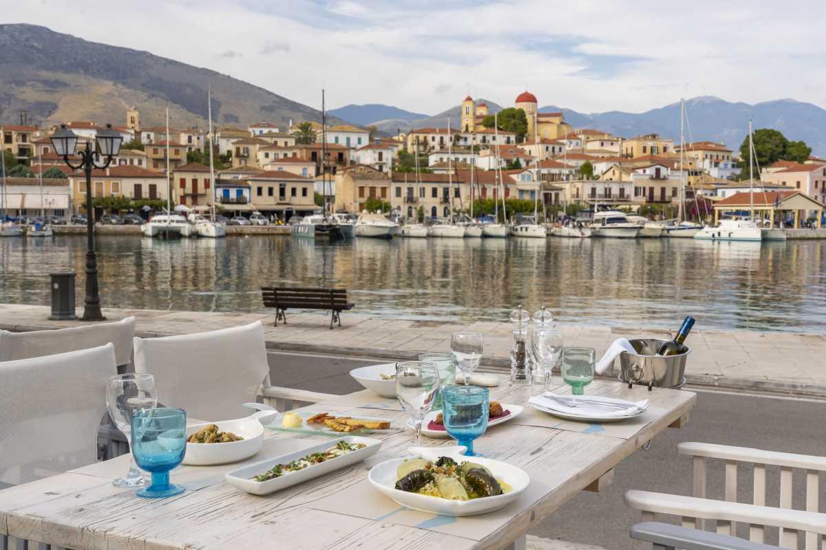 Maritsa restaurant, τραπέζι