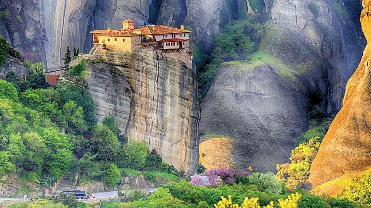 Μοναστήρι Ρουσσάνου