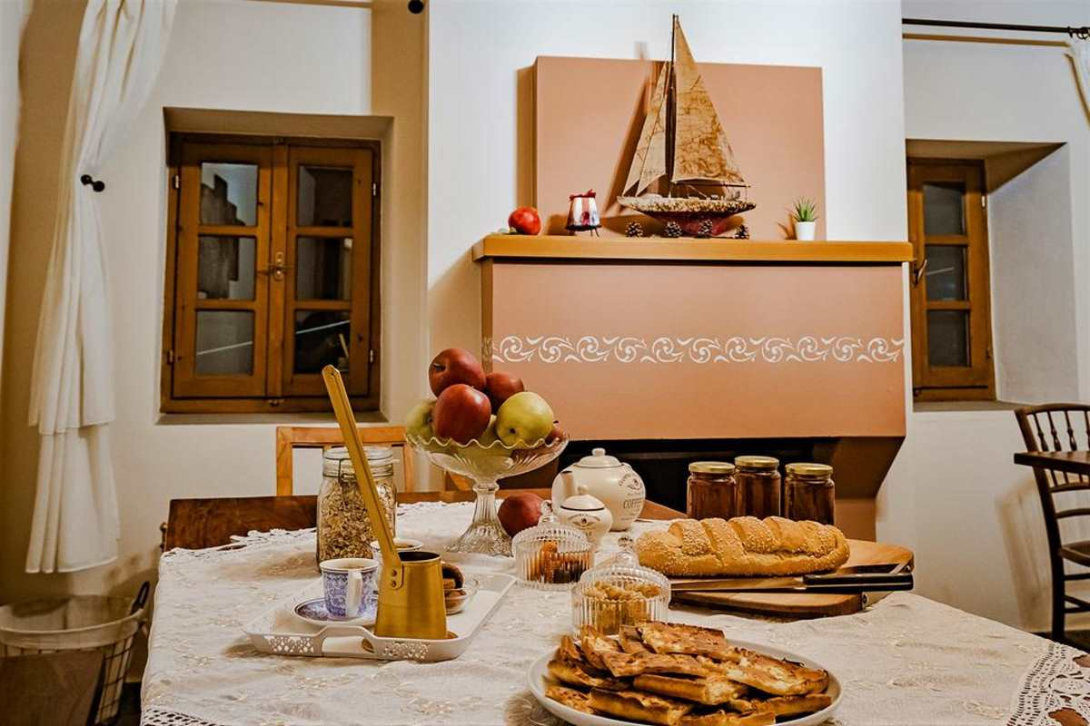 Πρωινός μπουφές στο Rodia Boutique Hotel, Κήποι, Ζαγόρι