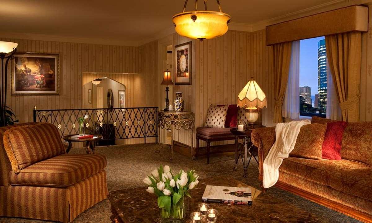Roosevelt Hotel, suite
