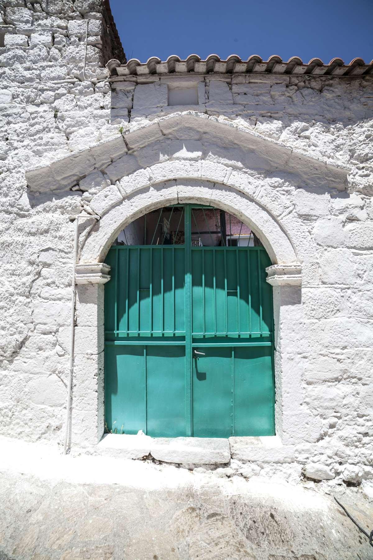 Αγριανοί Λακωνίας, χαρακτηριστικές εικόνες σε πέτρινα κτήρια που θα συναντήσετε στο χωριό