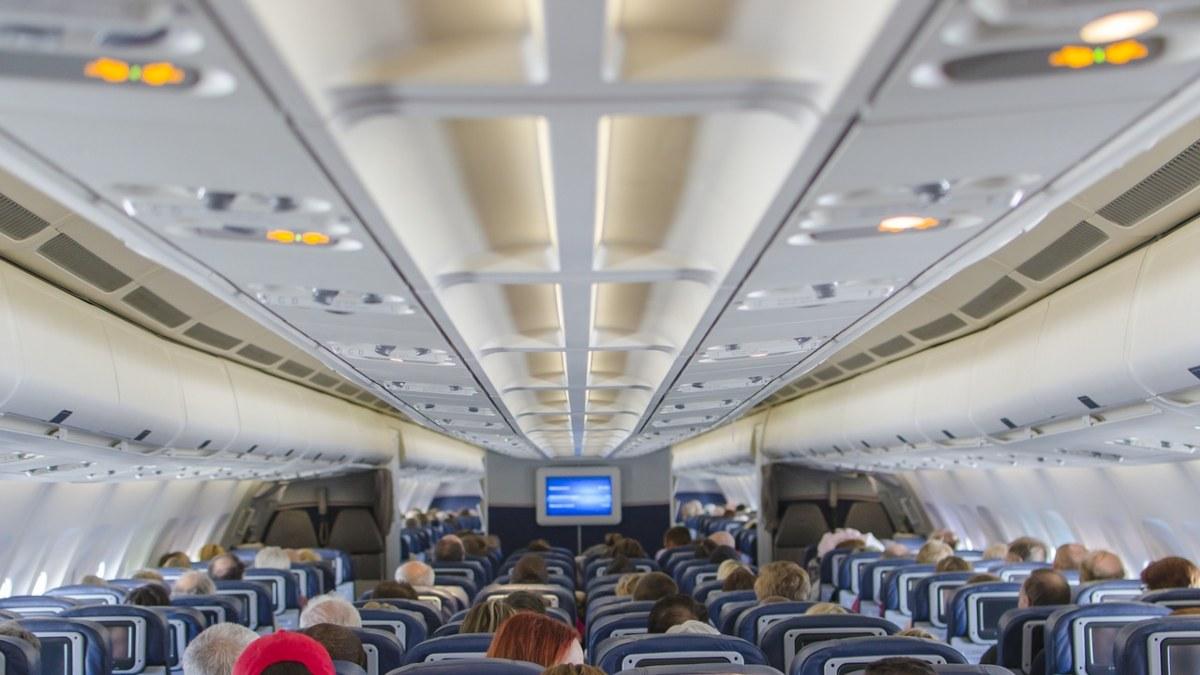 Καμπίνα αεροσκάφους προστασία από κορονοϊό πτήσεις μυστηρίου