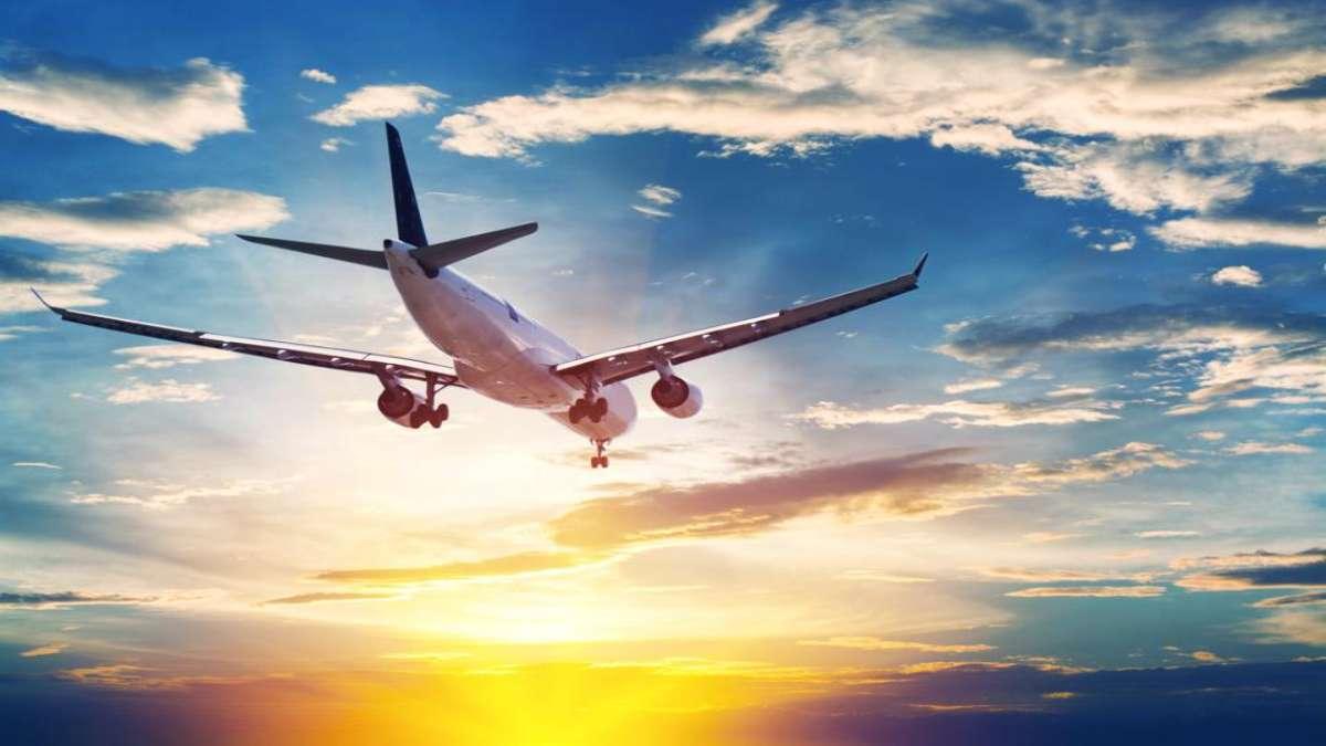 αεροπλάνο στο ηλιοβασίλεμα ακύρωση και δικαιώματα εισιτήρια