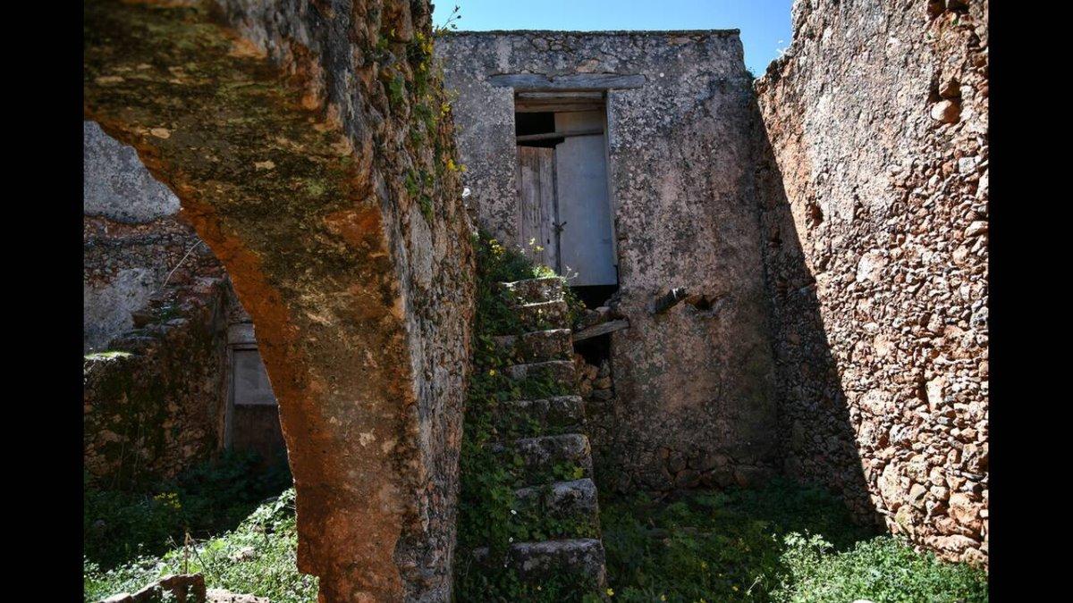 Αράδαινα Χανίων πέτρινο σπίτι