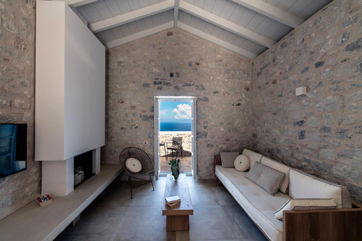 Aria Estate Suites & Spa ξενοδοχείο Αρεόπολη δωμάτιο με θέα θάλασσα