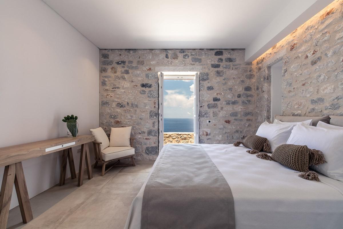 Aria Estate Suites & Spa ξενοδοχείο Αρεόπολη δίκλινο deluxe δωμάτιο