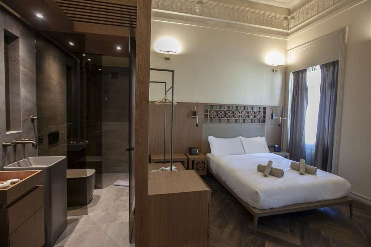 athens 1890 boutique hotel Αθηνα δωμάτιο και μπάνιο
