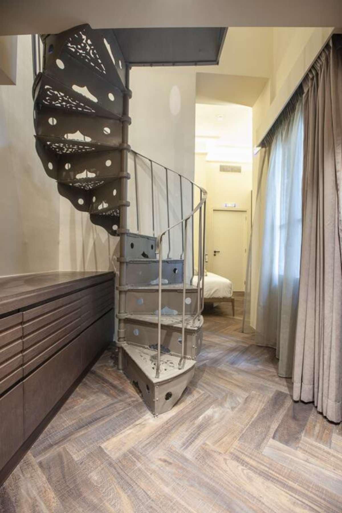 athens 1890 boutique hotel Αθηνα δωμάτιο σουίτα σκάλα