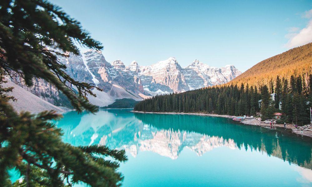 banff λίμνι γαλάζια νερά
