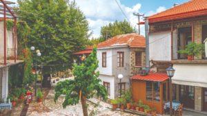 """Στερεά Ελλάδα: Ανακαλύπτουμε  3 """"κρυμμένα"""" χωριά της!"""