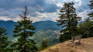 Aνακαλύπτουμε 3 «κρυμμένα» χωριά της Στερεάς Ελλάδας μέσα στη φύση με… περίσσεια ομορφιά!