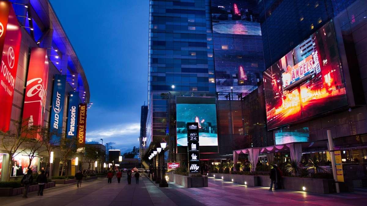 Downtown, Λος Άντζελες όμορφες γειτονιές νύχτα δρόμος