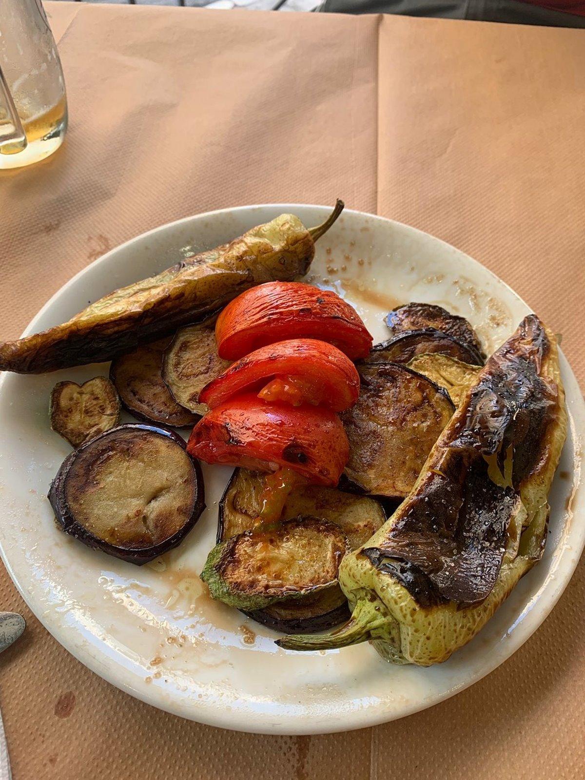 Μάνδρα καλό φαγητό Ταβέρνα Δροσιά