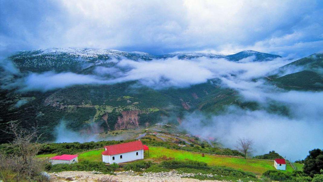 Ελατού ορεινή ναυπακτία ομίχλη