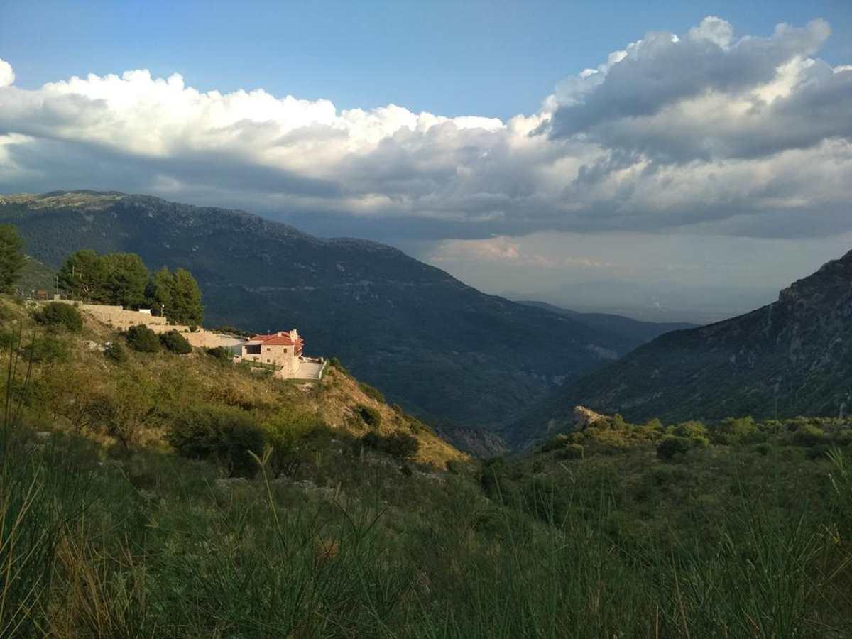 Πανοραμική άποψη του  ξενοδοχείου Evola