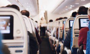 H ευρωπαϊκή αεροπορική εταιρεία που καταργεί από σήμερα τις μάσκες