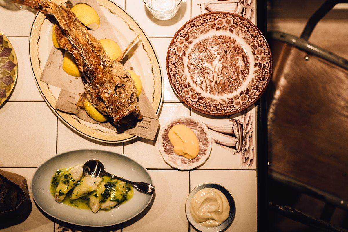 Koks Φερόες στα 5 απομακρυσμένα εστιατόρια φαγητό