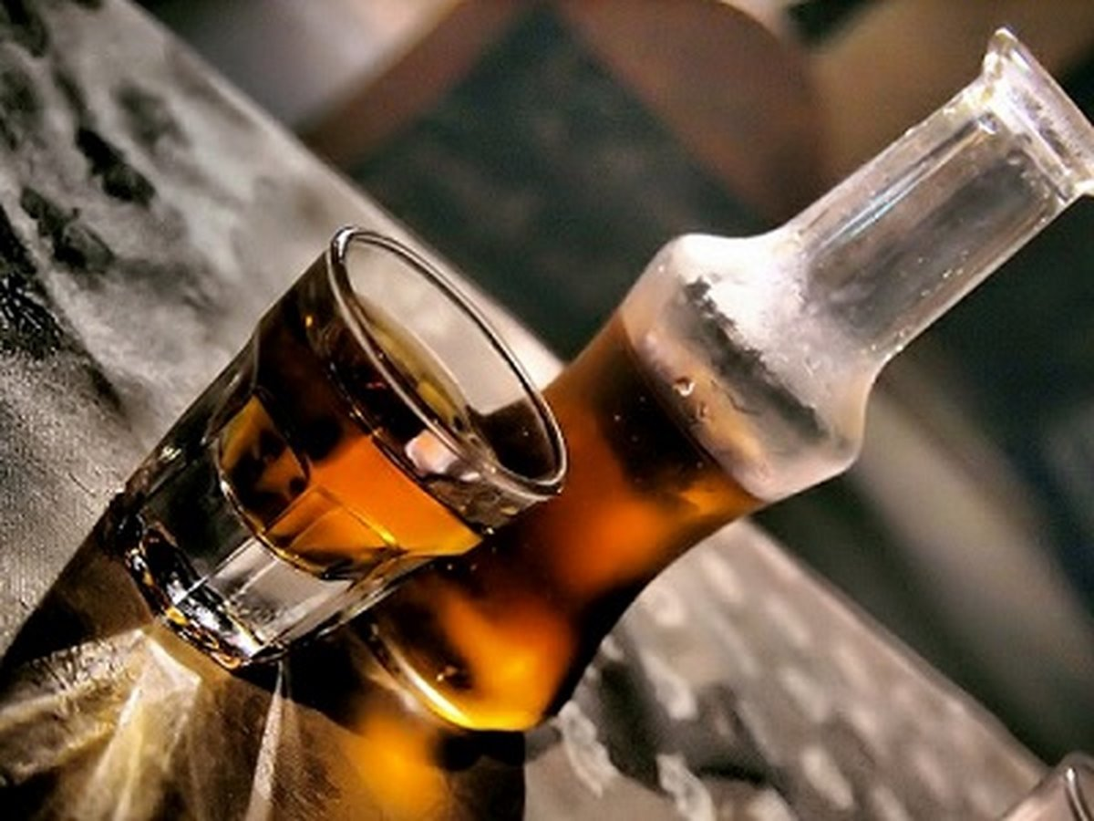 ταβέρνες Αθήνα τζάκι και ποτό