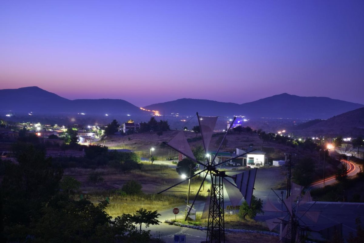 Lasinthos Eco Park Λασίθι πανοραμική νύχτα