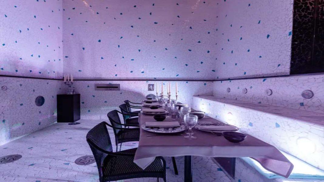 Le Bains ξενοδοχείο Παρίσι εστιατόριο σε πισίνα κοντινό