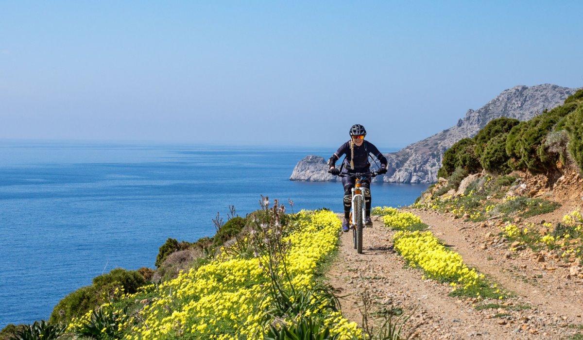 Λέρος ποδηλατικός προορισμός ποδηλάτης ποδηλατική διαδρομή