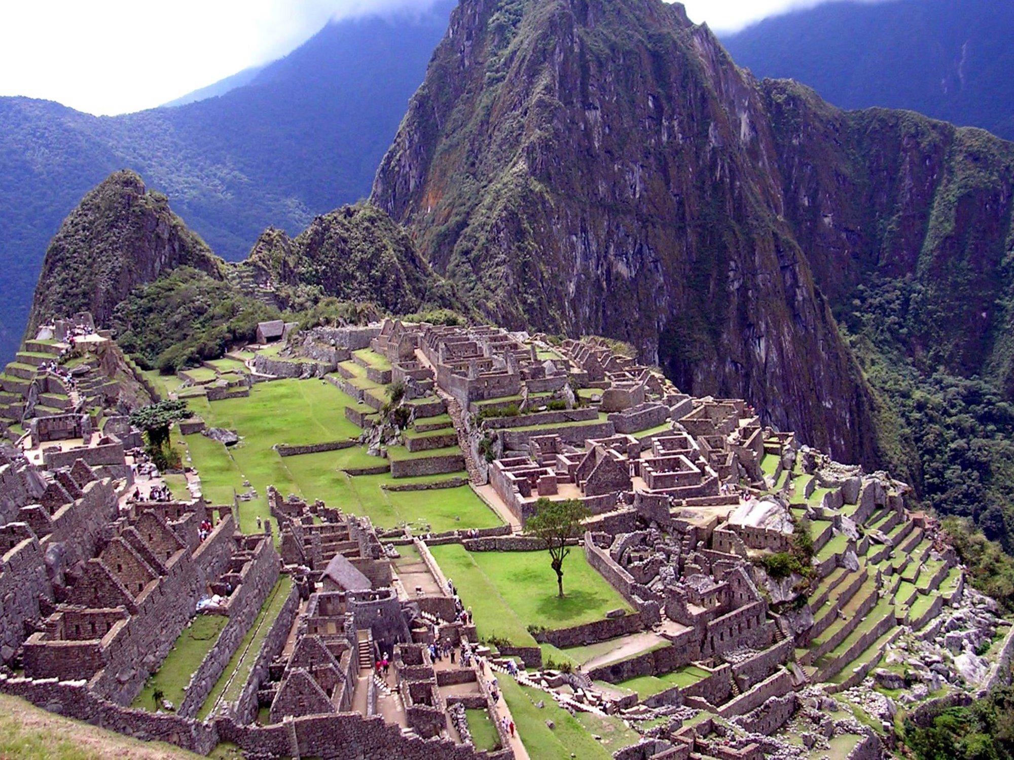 Μάτσου Πίτσου άνοιξε για έναν τουρίστα που εξερεύνησε το μοναδικό μνημείο από ψηλά