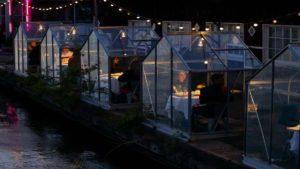 Πώς προετοιμάζονται τα εστιατόρια για τον χειμώνα! Η προστασία από τον κορονοϊό γίνεται… luxury εμπειρία!