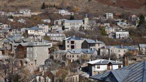 Τοπ χειμερινοί προορισμοί: Δείτε 10+1 ελληνικά ορεινά χωριά με αλπική ομορφιά!