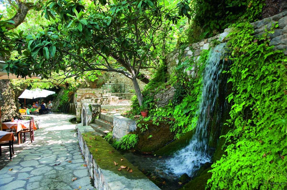 Παρόρι Λακωνίας, τρεχούμενα νερά