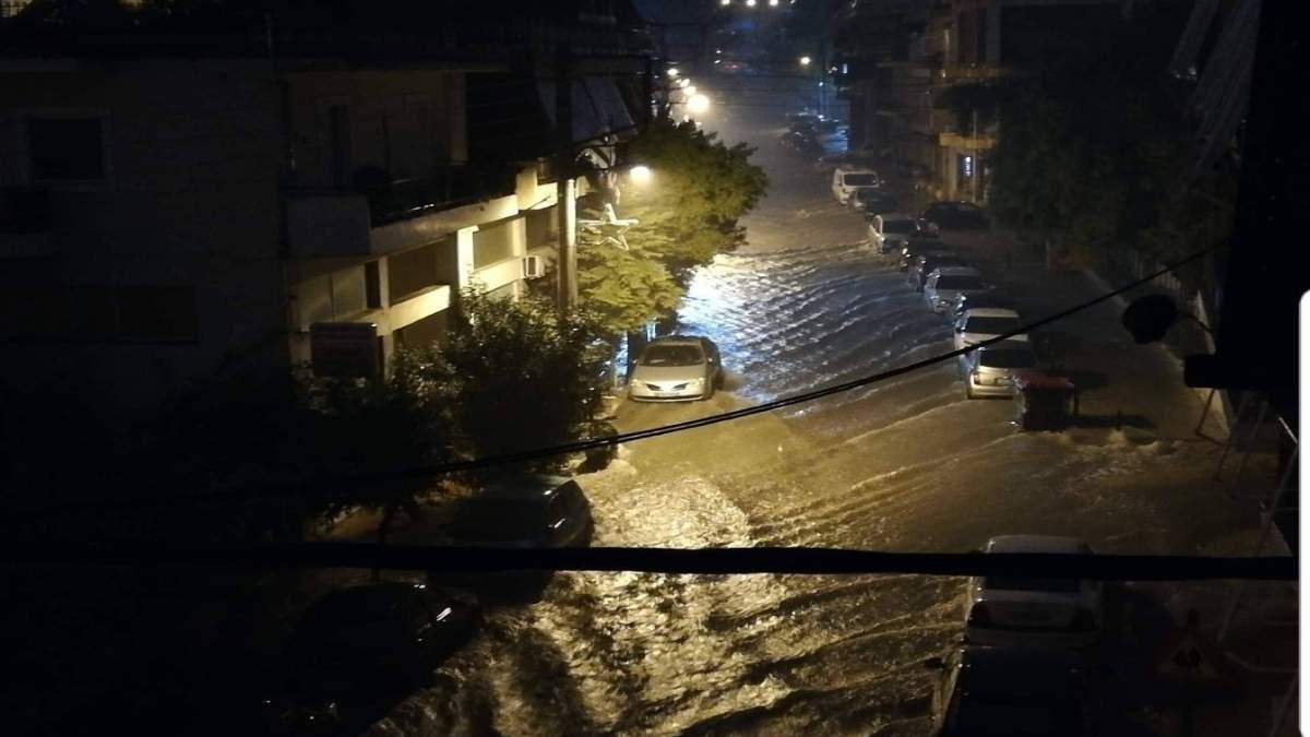 πλημμύρες στο Περιστέρι