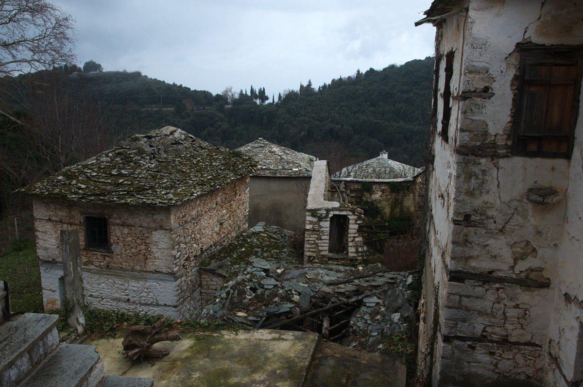 Πινακάτες χωριό Πήλιο πέτρινα σπίτια