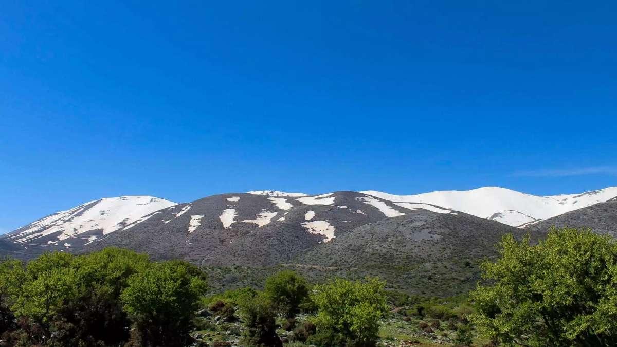 Ψηλορείτης όμορφα ορεινά τοπία για ταξίδι
