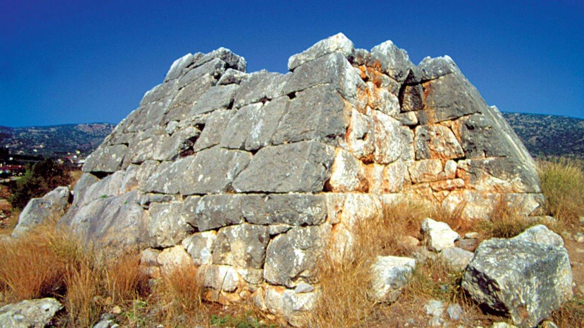 Μυστικές στάσεις Ναύπλιο Πυραμίδα Ελληνικού