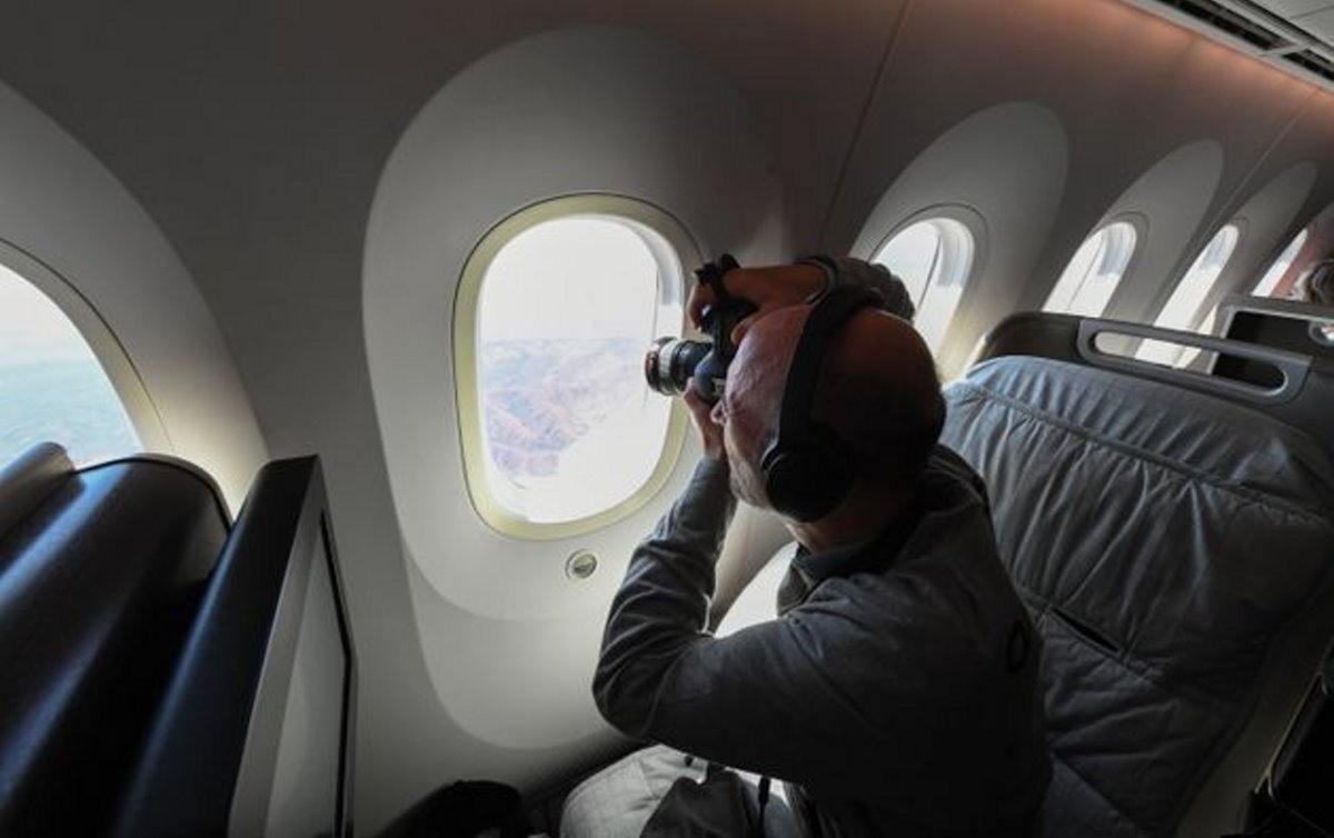 Qantas πτήση στο πουθενά επιβάτης στο αεροπλάνο βγάζει φωτογραφίες