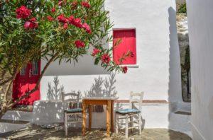Σκόπελος: 7 εκπληκτικά ξενοδοχεία με τιμές από €28 μέχρι €48 και βαθμολογία πάνω από 9 στην booking!  Από τον Τάσο Δούση