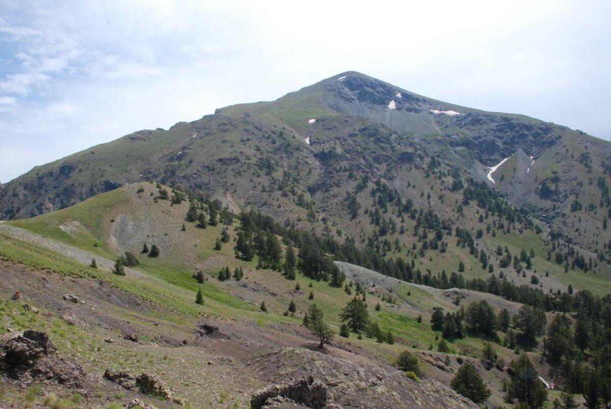 Σμόλικας ταξίδι σε 6 βουνά της Ελλάδας κορυφή