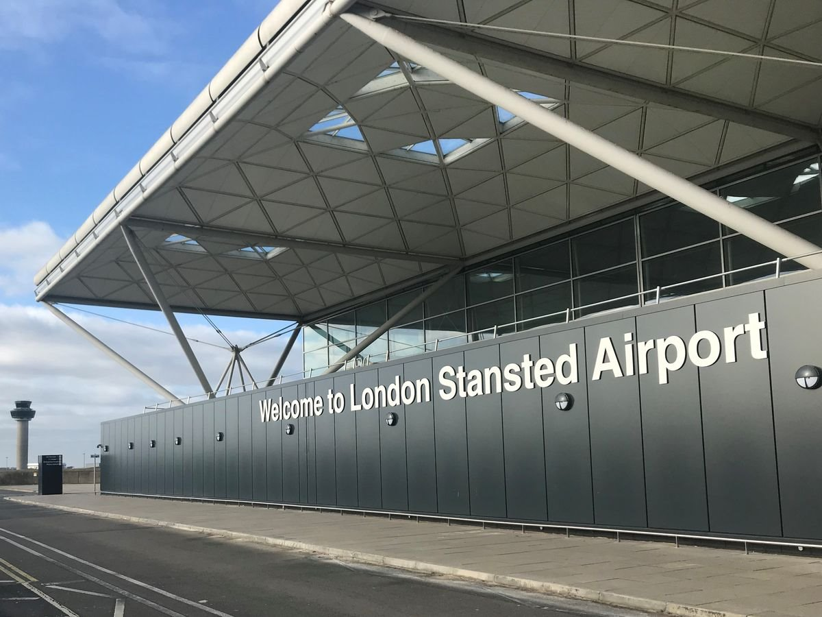 αεροδρόμιο stansted Λονδίνο