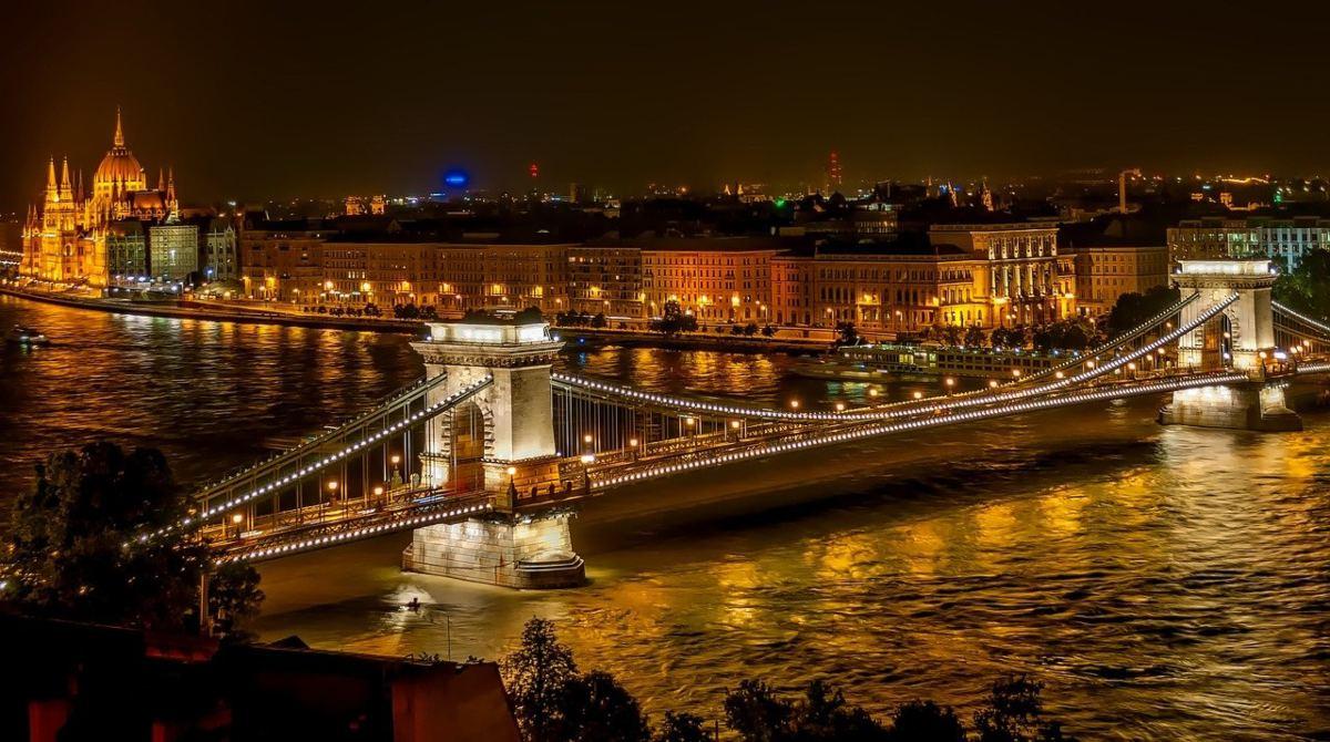 Βουδαπέστη, γέφυρα Szechenyi