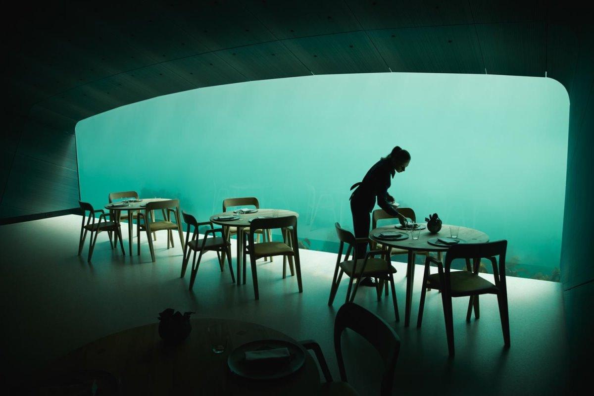 Under εστιατόριο κάτω από τη θάλασσα τραπεζαρία