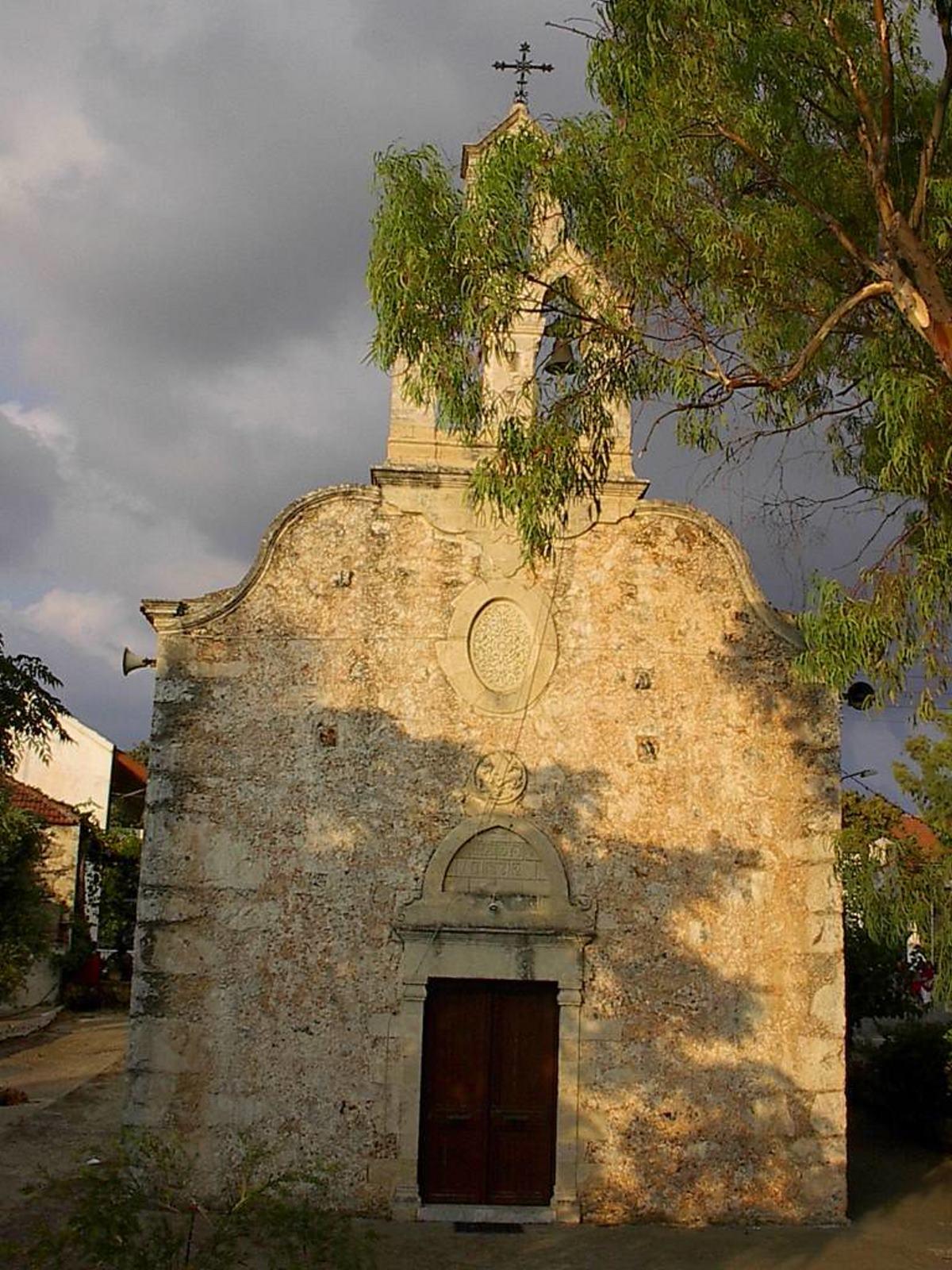 Βάμος χωριό Χανιά εκκλησάκι