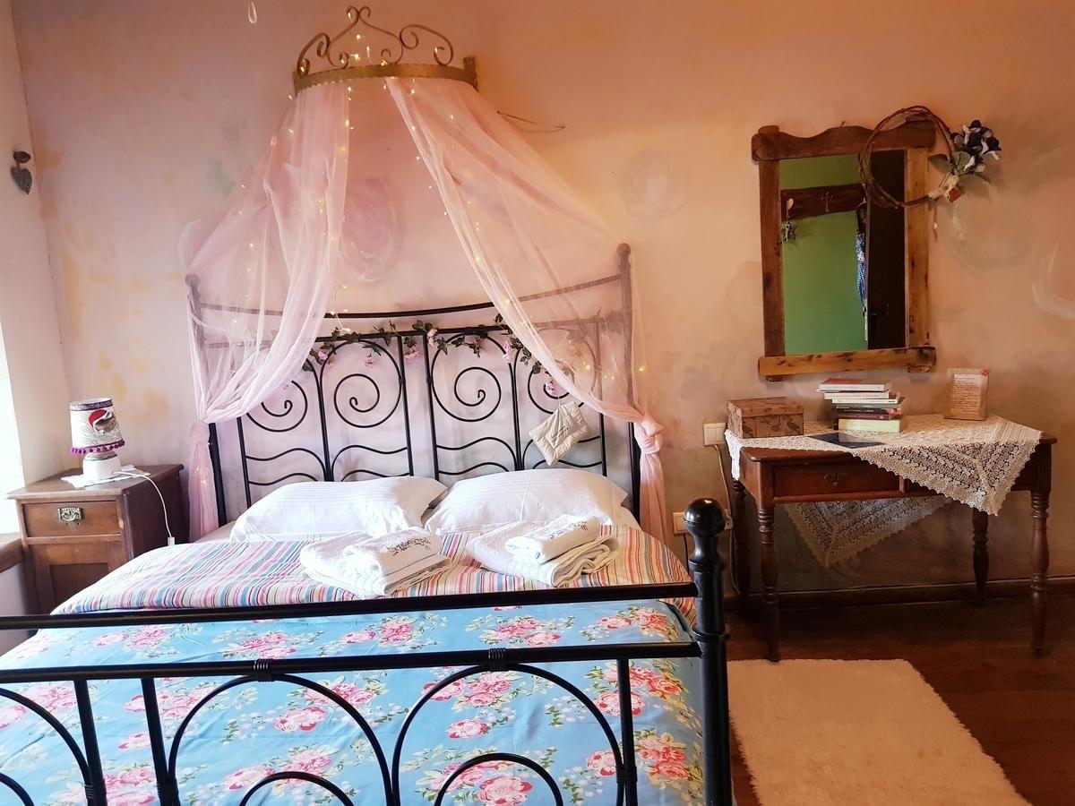 Ξενώνας με θέα Φεγγαρόπετρα δωμάτιο