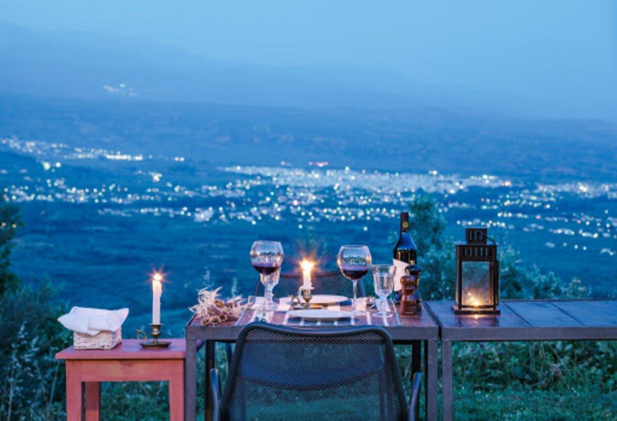 Ξενώνας με θέα Μαζαράκη